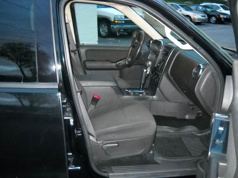 2010 Ford Explorer 4x4 XLT 4dr SUV - Coventry CT