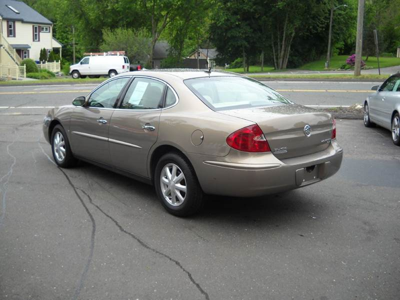 2006 Buick LaCrosse CX 4dr Sedan - Coventry CT