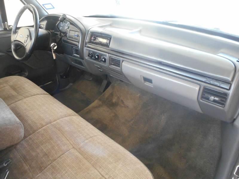 1993 Ford F-150 2dr XLT Standard Cab SB - Plano TX
