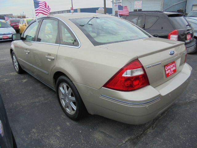 2006 Ford Five Hundred Limited 4dr Sedan - Appleton WI