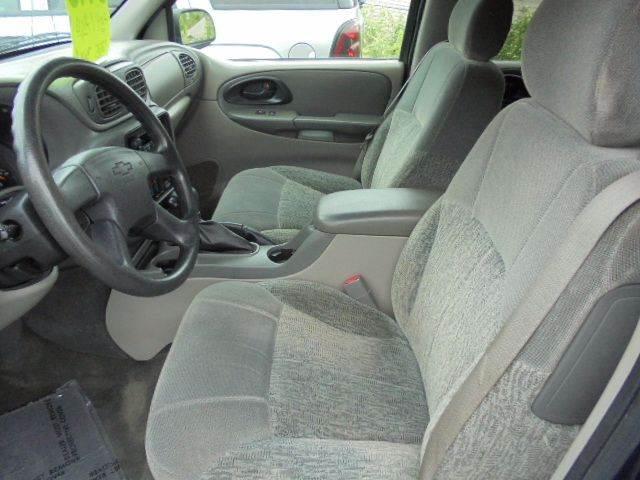 2003 Chevrolet TrailBlazer LS 4WD 4dr SUV - Appleton WI