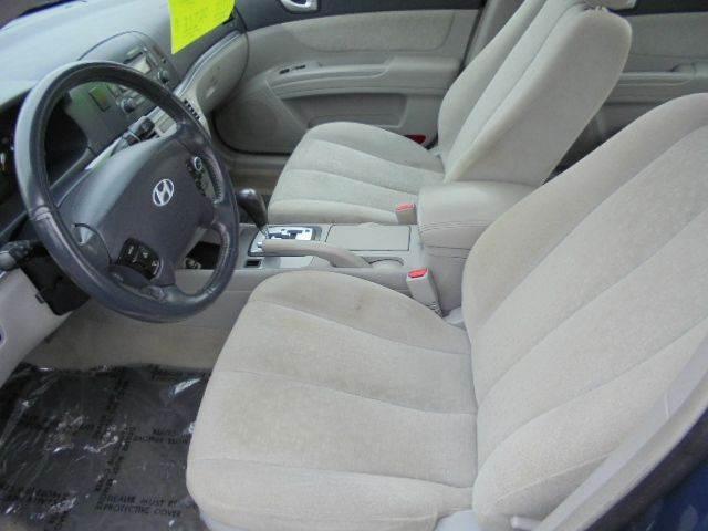 2006 Hyundai Sonata GLS V6 4dr Sedan - Appleton WI
