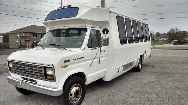 1989 Ford E 350  - Glasgow KY