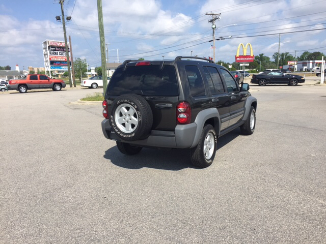 2006 Jeep Liberty Sport 4dr SUV 4WD - Fayetteville NC