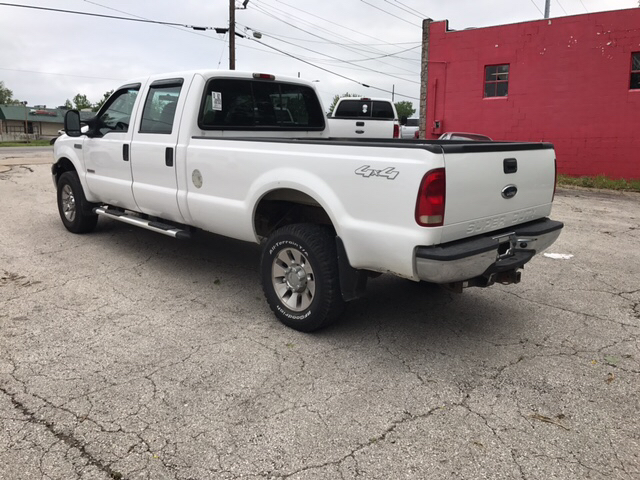 2005 Ford F-350 Super Duty XL 4dr Crew Cab 4WD LB - Independence MO