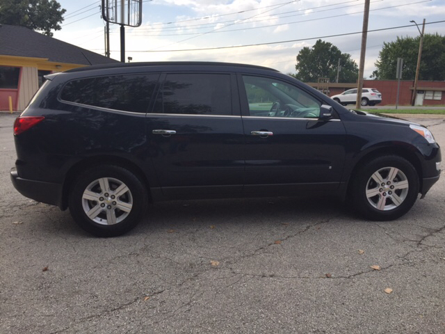 2010 Chevrolet Traverse LT 4dr SUV w/1LT - Independence MO