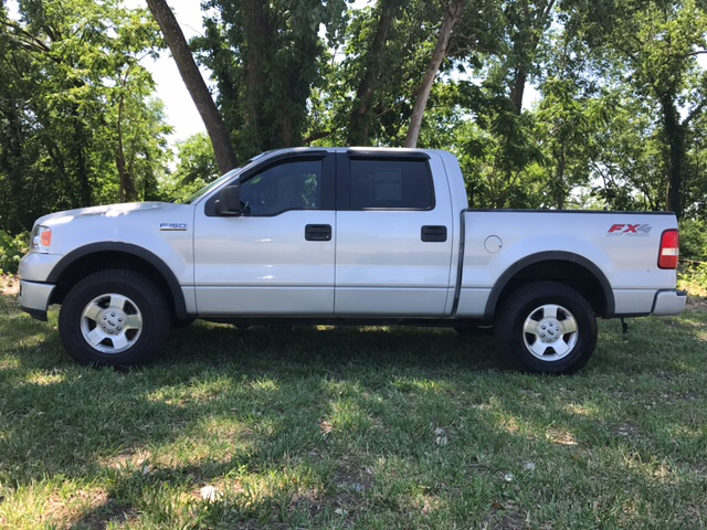 2005 Ford F-150 FX4 4dr SuperCrew 4WD Styleside 5.5 ft. SB - Independence MO