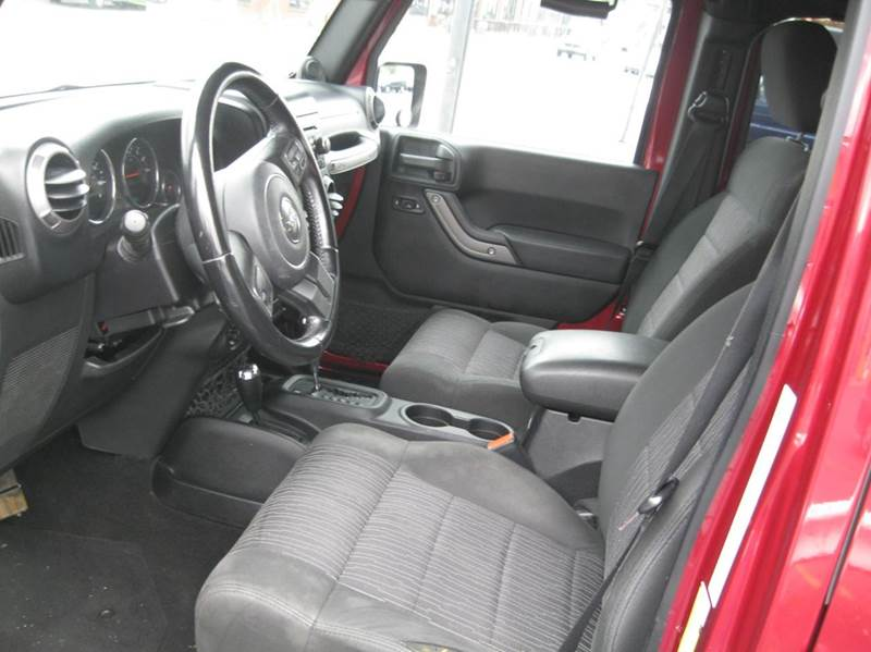 2011 Jeep Wrangler Unlimited 4x4 Sport 4dr SUV - Kennett Square PA
