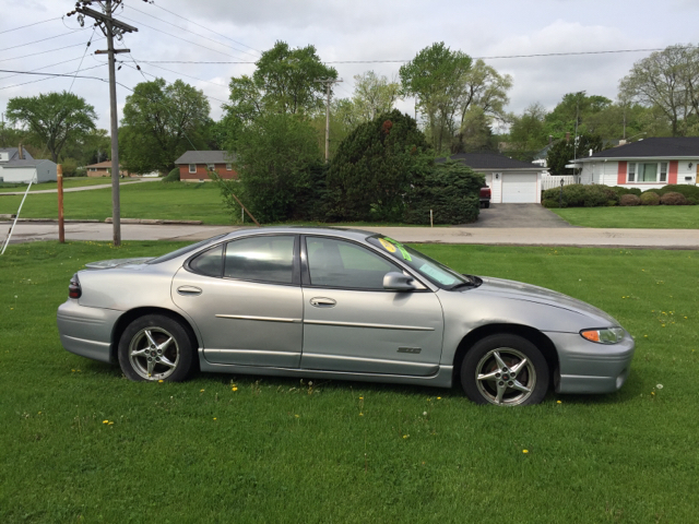 2000 pontiac grand prix gtp 4dr supercharged sedan aurora il. Black Bedroom Furniture Sets. Home Design Ideas
