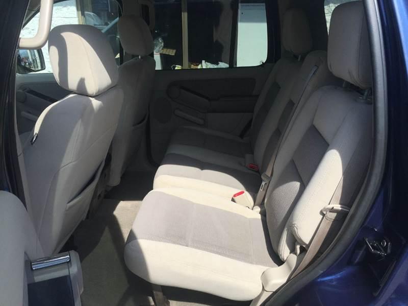 2007 Ford Explorer XLT 4dr SUV 4WD V6 - Braintree MA