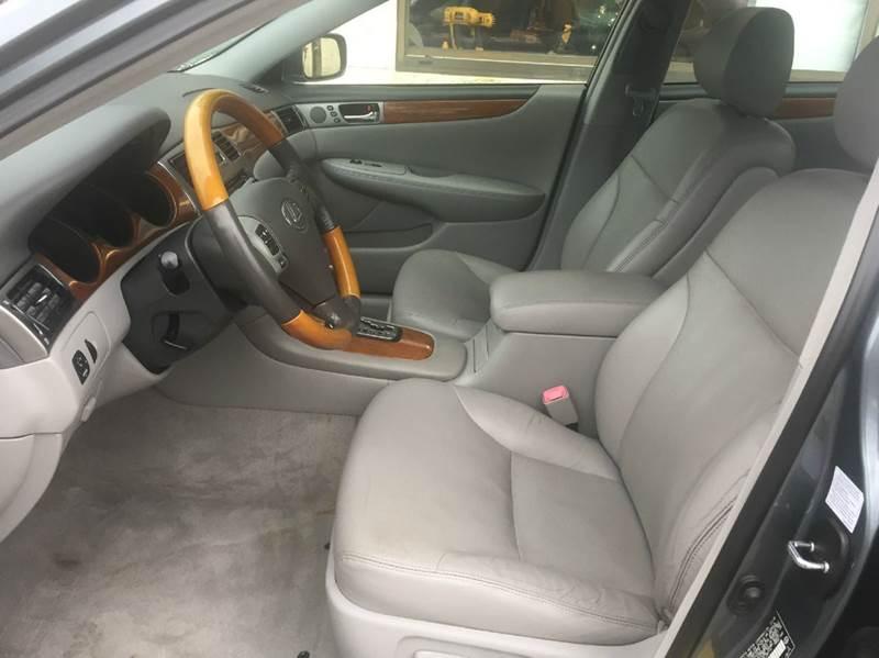 2005 Lexus ES 330 4dr Sedan - Braintree MA