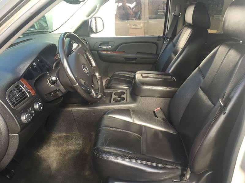 2007 Chevrolet Suburban LT 1500 4dr SUV 4WD - Braintree MA