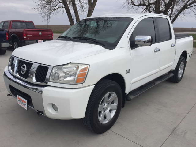2004 nissan titan 4dr crew cab le 4wd sb in glidden ia. Black Bedroom Furniture Sets. Home Design Ideas