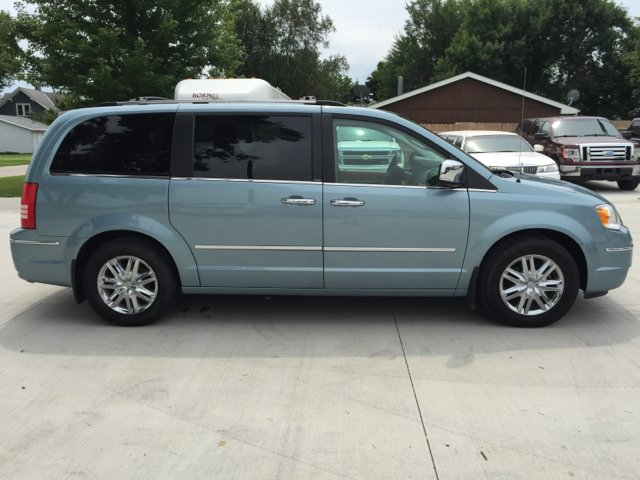 2009 chrysler town and country limited mini van 4dr. Cars Review. Best American Auto & Cars Review