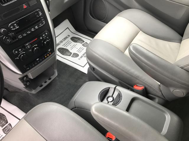 2004 Dodge Grand Caravan SXT Anniversary Edition 4dr Extended Mini-Van - Waynesboro PA