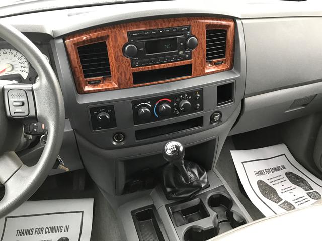 2006 Dodge Ram Pickup 2500 SLT 4dr Mega Cab 4WD SB - Waynesboro PA