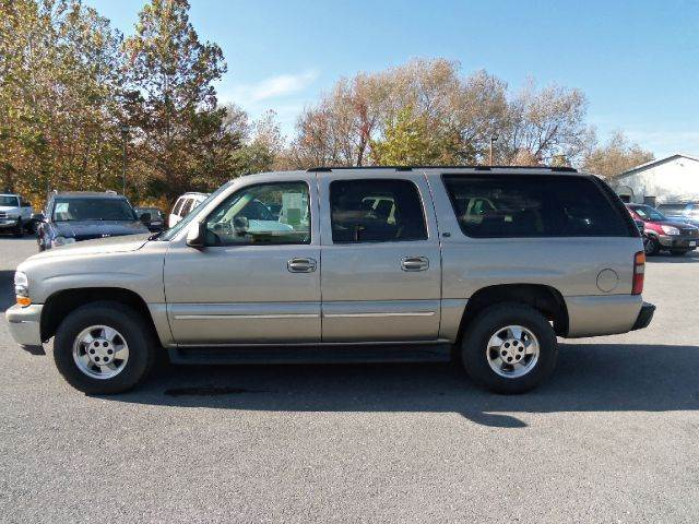 2003 chevrolet suburban 1500 lt 4wd 4dr suv in waynesboro pa charlie pentz 39 s auto sales inc. Black Bedroom Furniture Sets. Home Design Ideas