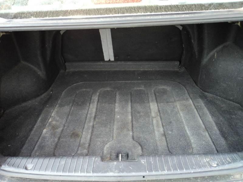 2006 Suzuki Forenza 4dr Sedan w/Manual - Lincoln NE