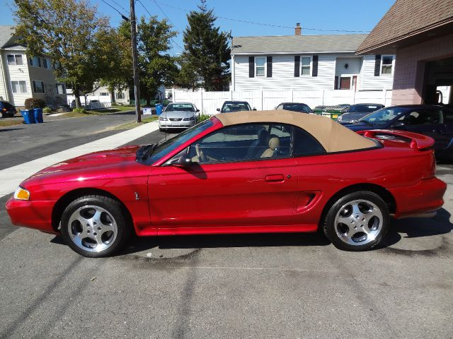 1996 ford mustang base 2dr std convertible in west. Black Bedroom Furniture Sets. Home Design Ideas