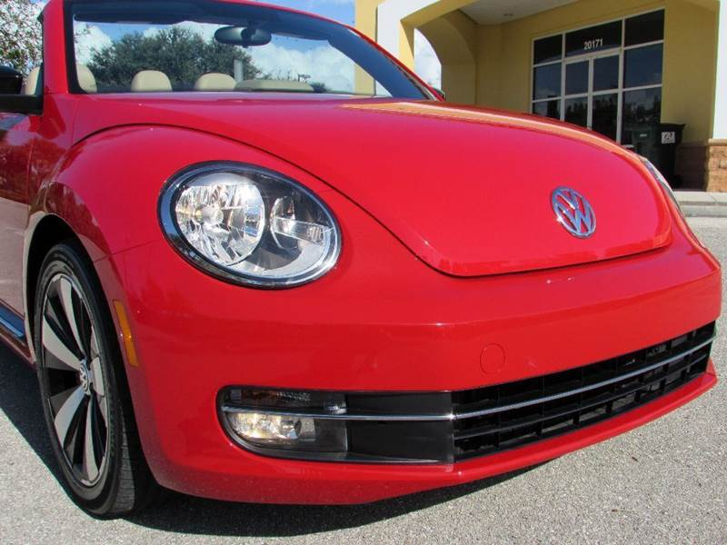 2013 Volkswagen Beetle Turbo PZEV 2dr Convertible 6A w/Sound (ends 1/13) - Fort Myers Beach FL