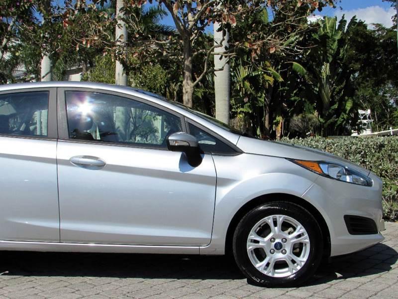 2015 Ford Fiesta SE 4dr Sedan - Fort Myers Beach FL