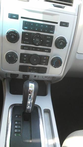2010 Mercury Mariner I4 4dr SUV - Wayne MI