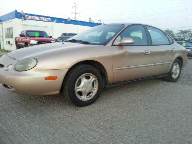 1997 Ford Taurus