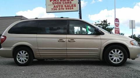2001 Chrysler Town and Country for sale in Wayne, MI