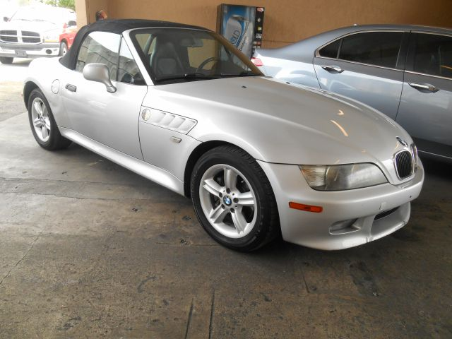 2001 bmw z3 2dr roadster in hollywood dania fort lauderdale ray 39 s quality auto sales inc. Black Bedroom Furniture Sets. Home Design Ideas