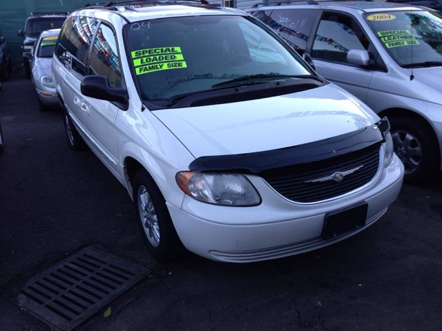 2004 chrysler town and country touring awd 4dr ext minivan for sale in bronx albertson alpine. Black Bedroom Furniture Sets. Home Design Ideas