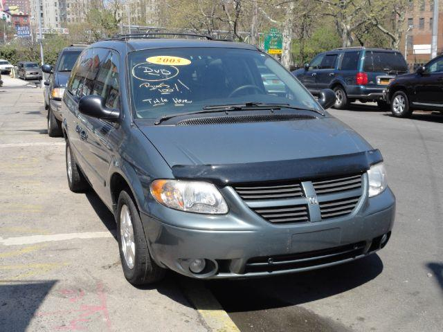 2005 dodge grand caravan sxt 4dr ext minivan in bronx