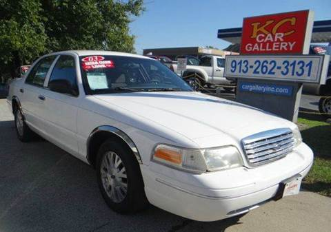 2003 Ford Crown Victoria for sale in Kansas City, KS