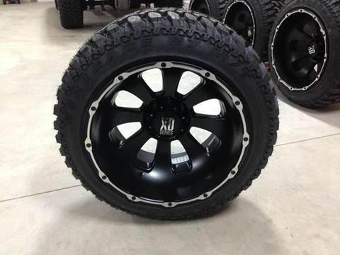 """2017 XD 22x14"""" Armour 35"""" Tires"""
