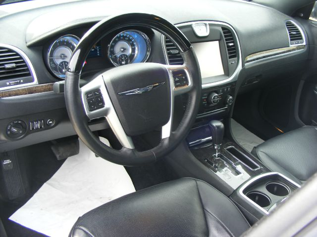 2012 Chrysler 300 C 4dr Sedan - Metairie LA
