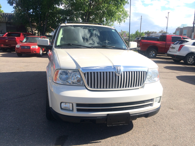 2005 Lincoln Navigator for sale in Denver CO