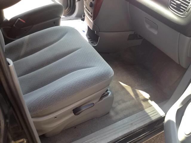 2005 Chrysler Town and Country 4dr Mini-Van - Sherburne NY