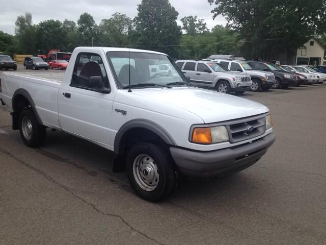 1996 Ford Ranger XL 2dr 4WD Standard Cab LB clean ONE owner!! - Sherburne NY