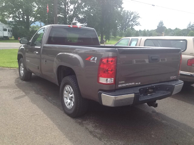 2007 GMC Sierra 1500 SLE1 2dr Regular Cab 4WD 8 ft. LB - Sherburne NY