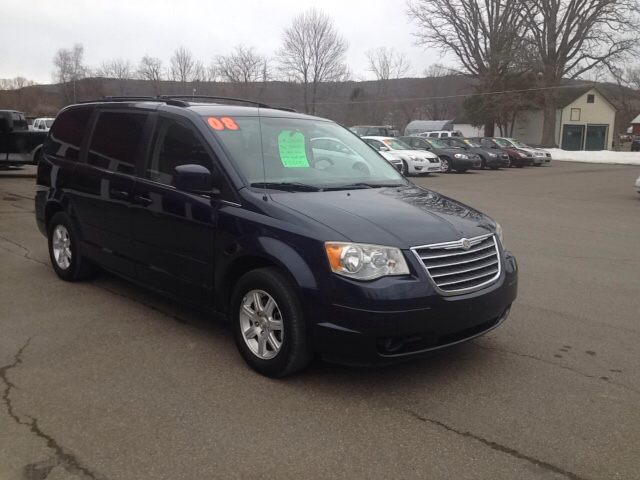 2008 Chrysler Town and Country Touring 4dr Mini-Van - Sherburne NY