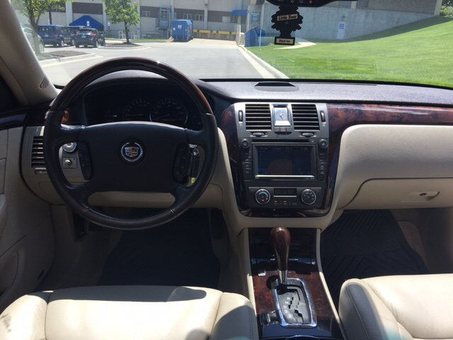 2010 Cadillac DTS Premium Collection 4dr Sedan - Kansas City MO