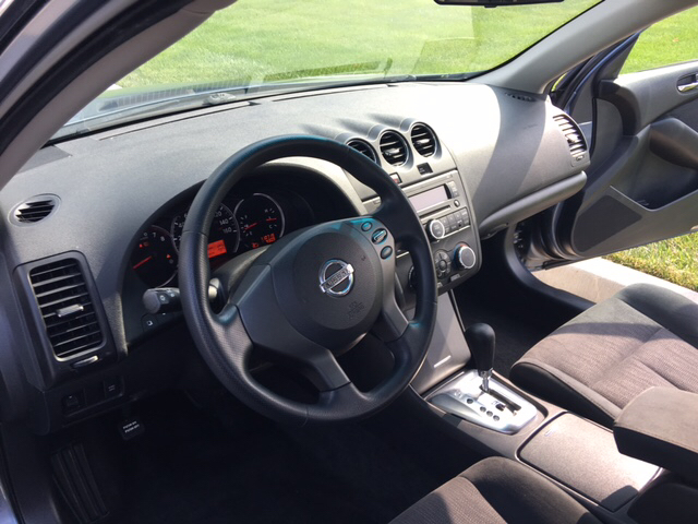 2010 Nissan Altima 2.5 S 4dr Sedan - Kansas City MO