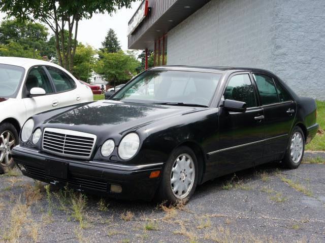 Search results for 1999 mercedes benz e320 for sale