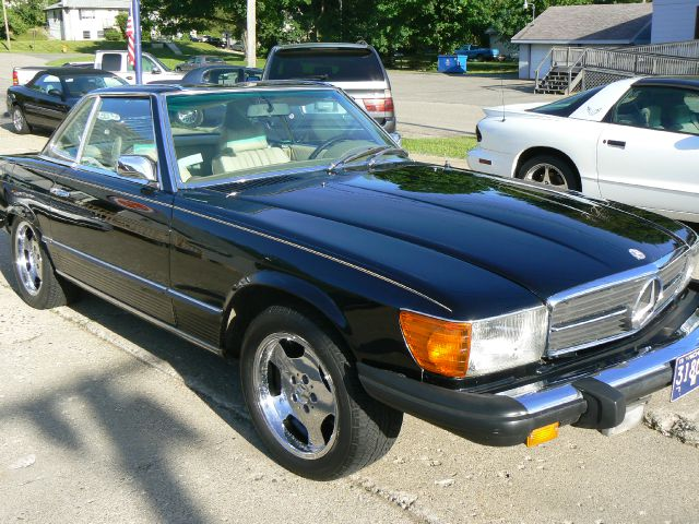 1974 MERCEDES 450SL LEATHER - Fenton MI