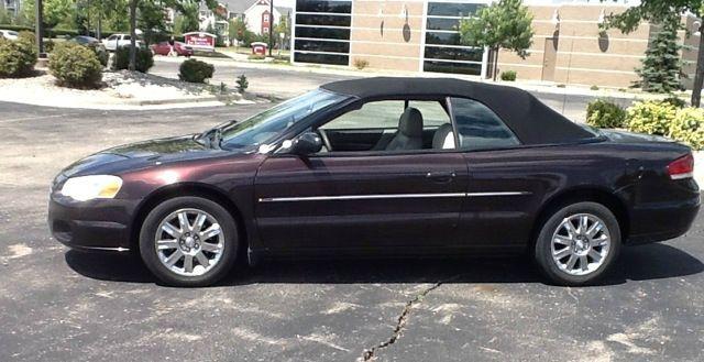 2004 Chrysler Sebring Limited Convertible - Fenton MI