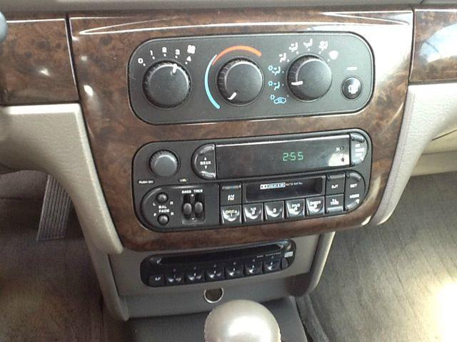 2004 Chrysler Sebring Limited 2dr Convertible - Fenton MI