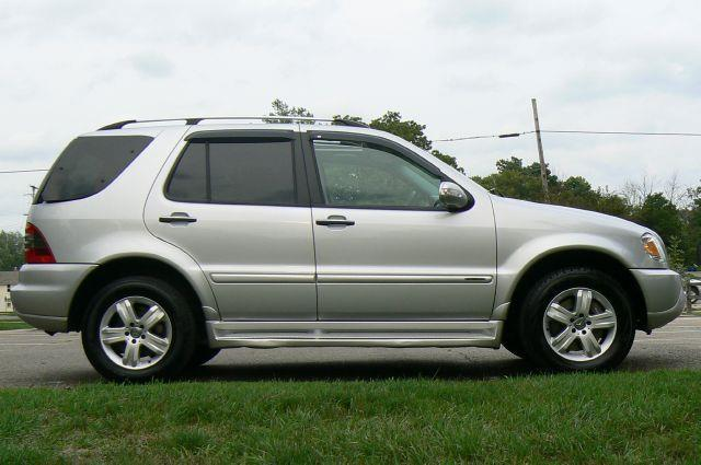 2005 Mercedes-Benz M-Class AWD ML500 4MATIC 4dr SUV - Fenton MI
