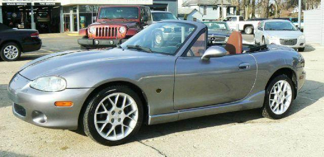 2002 mazda mx 5 miata se 2dr roadster in fenton mi the good car company. Black Bedroom Furniture Sets. Home Design Ideas