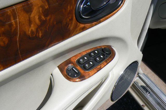 2003 Jaguar XJ  - Fenton MI