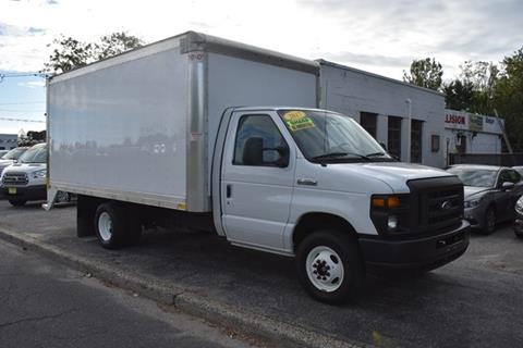2017 Ford E-Series Chassis for sale in Bay Shore, NY