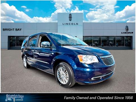 2014 Chrysler Town and Country for sale in Bay Shore, NY